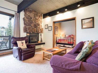 CC318 by Mountain Resorts: Ski in/out Updated Condo with Pool and Hot Tub!