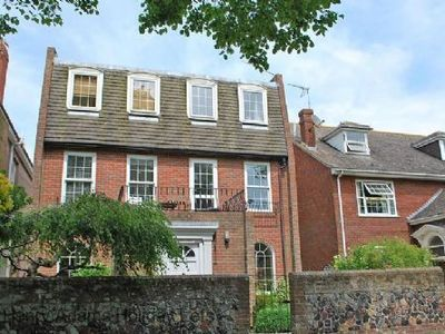 Photo for Cranleigh, Bognor Regis -  a family house that sleeps 10 guests  in 5 bedrooms
