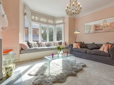 Photo for Warming 2 bed apt in lovely Chiswick, and close to the train (Veeve)