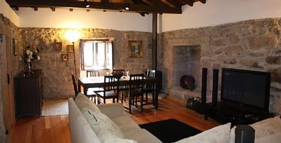 dining sitting room air conditioning, tv with 105 channels