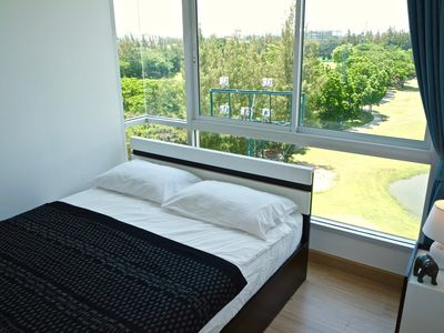 Photo for Top Floor Suite, 8min walk Old City + Pool/Gym