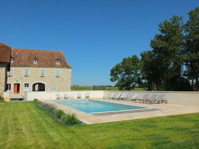 Photo for Recently renovated Bearnaise Farmhouse with heated pool and views of the Pyren