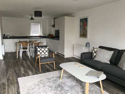 Photo for Beautiful new 2 bed apt at Edinburgh's seaside with private parking