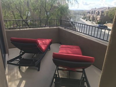 Photo for Bright and Modern Condo nestled near McDowell Mountain, close to entertainment