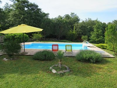 Photo for Lovely apartment for 4 guests with WIFI, A/C, private pool, TV, balcony, pets allowed and parking