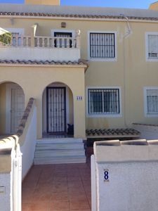 Photo for Apartment In Gran Alacant, Shared Pool & Sea Views