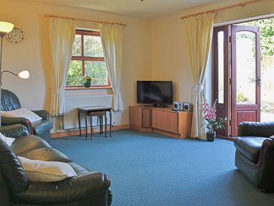 Photo for 3 bedroom property in Llandeilo. Pet friendly.