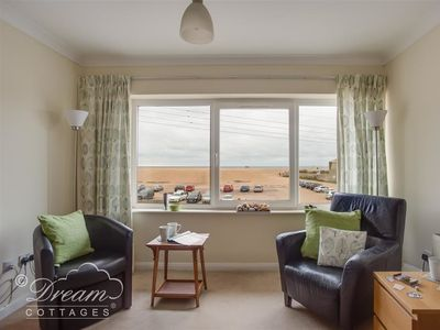 Photo for JURASSIC VIEW, romantic in West Bay, Ref 994311