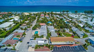 Photo for Ocean Ridge boutique apartment 14 with large pool 200m from the beach