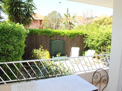 Photo for Beautiful new apartment in a small residence in the heart of Sanary