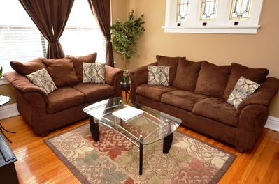 """Living Room With Pull Out Sleeper Sofa, 32""""TV and DVD/BLUERAY Player"""
