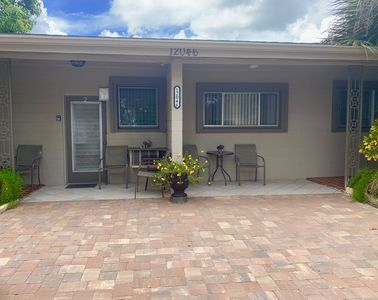 Photo for Waterfront Warm Mineral Springs One Bedroom