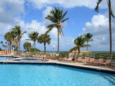 Photo for Hollywood Beach Resort - City View