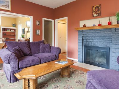 Photo for Daisy's Place - Adorable Cottage in the Heart of Hood River, A/C, Mtn & River Views!