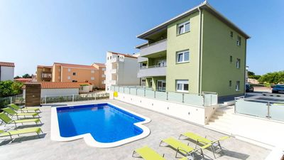 Photo for Ground floor apartment with pool in beautiful Okrug Gornji