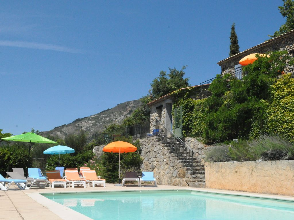 Grande bergerie arri re pays ni ois toudon piscine for Location bergerie corse avec piscine