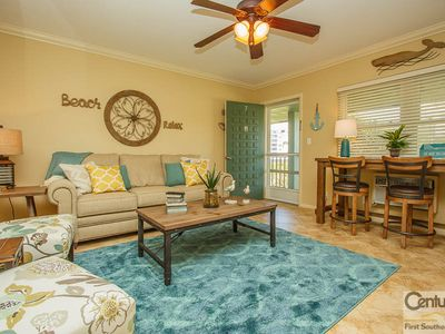 Photo for Exerience Warm Gulf Breezes and Tropical Decor in this One Bedroom, One Bath Condominium!