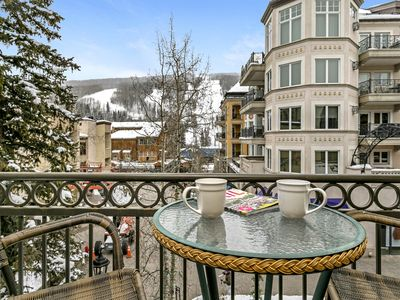 Photo for 100 Meter Walk to Gondola and Vail Mountain View! | Lifthouse 314