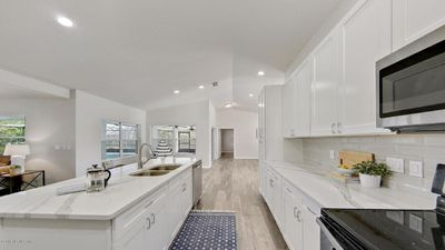 Photo for Perfect for Family or Romantic Getaway*Modern*Vast*Comfy*Renovated*Heated Pool