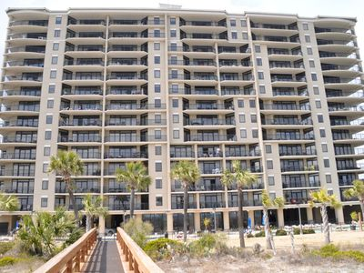 Photo for Beautiful 3 Bedroom Oceanfront condo