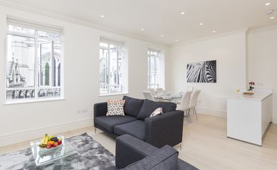 Photo for Heart of London Covent Garden Area with Super City Views -The Strand 3BR