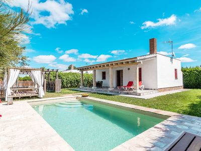Photo for Charming holiday home with private pool - El Acebuche