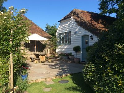 Photo for Peaceful, Picturesque And Stylish Property In A Traditional Converted Barn