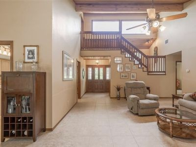 Photo for Open floor plan close to historic Georgetown