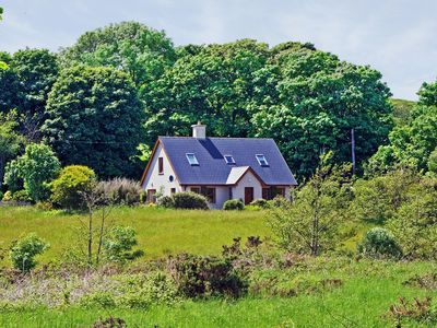 Photo for Detached cottage, in large garden, quiet and secluded, yet only about ½ mile from the popular…