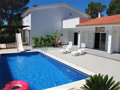 Photo for Nice villa with private pool for 10 people in Ametlla de Mar.