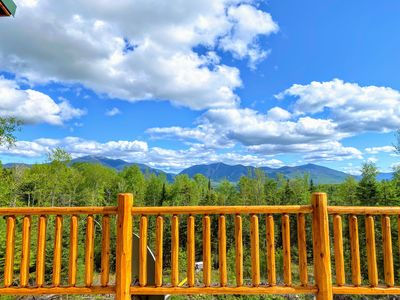 UV Log home with direct Cannon Mountain views! Minutes to attractions. Fireplace, Pool Table, AC!