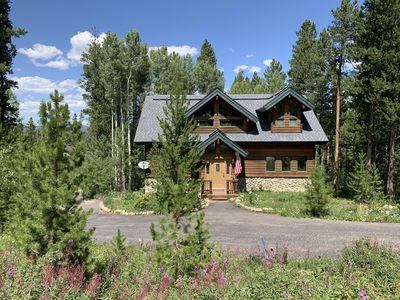 Photo for Secluded mountain home with private hot tub. Great for multi-family. Pets OK.