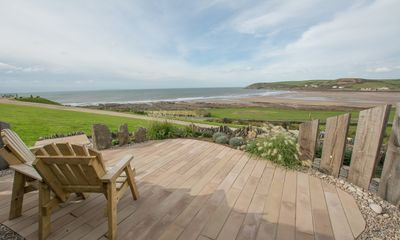 Photo for Beach Breeze | Overlooking Croyde Beach | Great Position!!