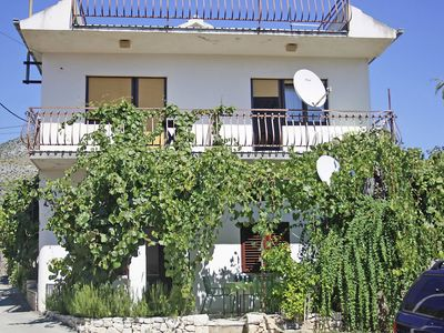 Photo for 1BR Apartment Vacation Rental in Seget Vranjica