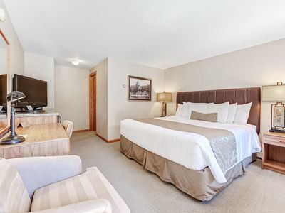 Photo for Comfortable lakefront suite w/shared tennis/basketball/playground - dogs welcome