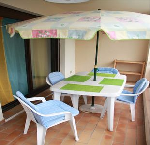 Photo for 1BR Apartment Vacation Rental in Sanary-Sur-Mer, Provence-Alpes-Côte-D'Azur