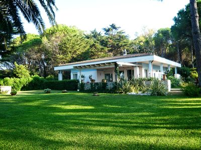 Photo for Exclusive villa with breathtaking views of the Island of Elba, Tuscany