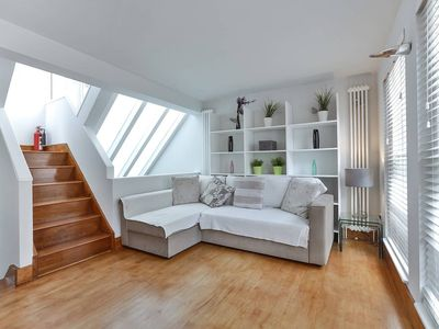Photo for POT - Air - J acc · Lovely 2 bed house+roof terrace - Notting Hill POT