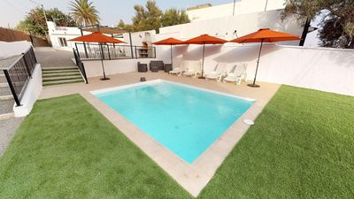 Photo for Villa with private pool and garden Ingenio by Lightbooking