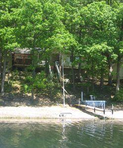 Photo for Lakefront Vacation House with Fireplace and Hot Tub.