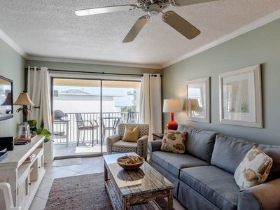 Photo for Gulf Shores Condo Steps from the Gulf!~ Community Pool ~ Private Beach Access