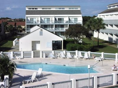 Photo for Great rates for April & May, Great time to be at the Beach