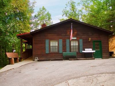 DEERHEAD APPLEWOOD LODGE CABIN MINUTES FROM DOLLYWOOD PIGEON FORGE GATLINBURG
