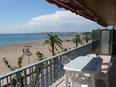 Photo for ROSAS Superb apartment PREMIERE LINE of SEA for 8 PERSONS in the TOWN CENTER