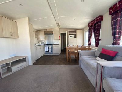 Photo for Large Mobile Home, Pevensey Bay Holiday Park,