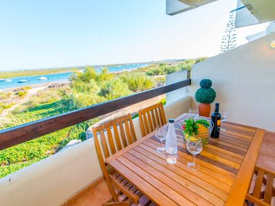 Photo for Golden Club Apartment T0 with Sea View and Ria Formosa Natural Park