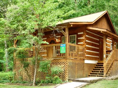 Photo for 1 Bedroom Pet-Friendly Gatlinburg Cabin 1 mile to  National Park