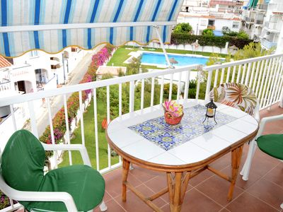 Photo for Central apartament 100 mts from beach with swimmingpool - Delfin Canovas