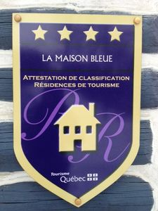 Legally registered and awarded 4 stars by Tourism Quebec.