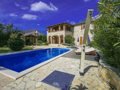 Photo for Holiday house Baderna for 8 - 10 persons with 4 bedrooms - Villa